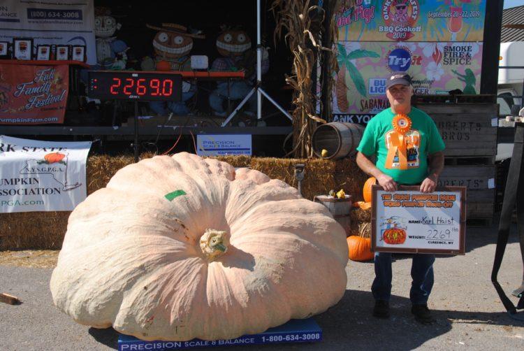 World Pumpkin Weigh-off winner